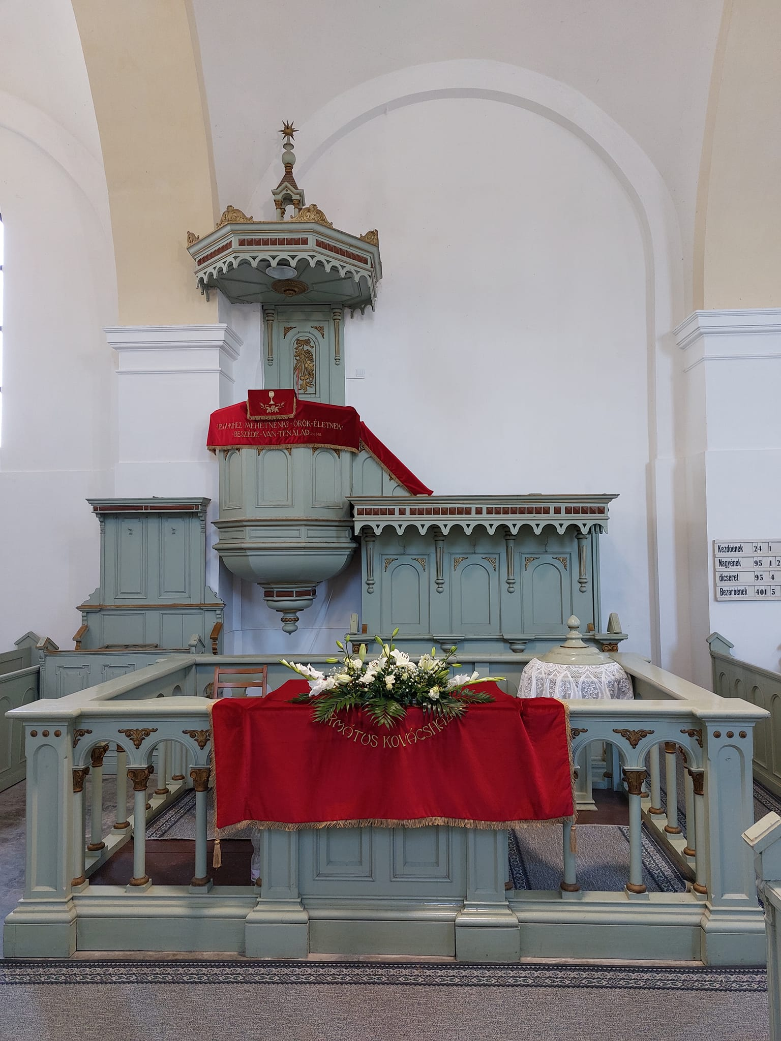Mezokovacshaza-Reformatus-templom.jpg