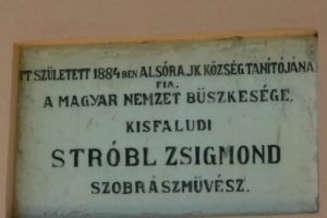 Alsorajk_Kisfaludi_Strobl_Zsigmond_emlekszoba.jpg