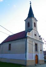 Apostag_katolikus_templom.jpg