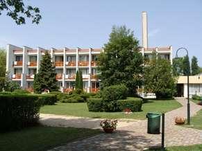 Balatonalmadi_Neurus_Park_Hotel_1.jpg