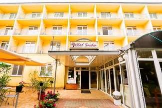 Balatonfoldvar_Hotel_Jonathan_1.jpg