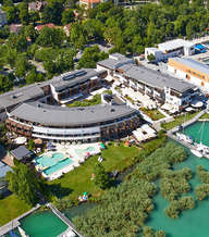Balatonfured-Hotel-Silverinelake-1.jpg