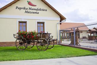 Batya-Paprika-Muzeum-1.jpg