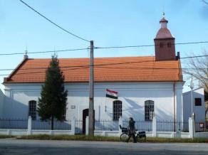 Bekessamson-Reformatus-templom.jpg