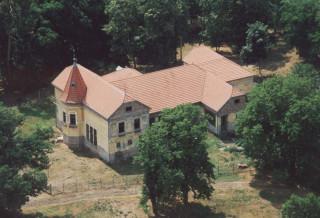 Csabaszabadi-Beliczay-kastely.jpg