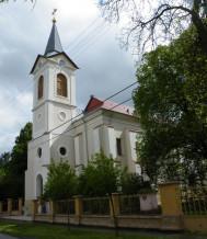 Csanytelek-Katolikus-templom.jpg