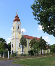Futra-Katolikus-templom.jpg