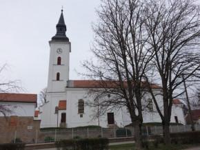 Hajduszovat-Reformatus-templom.jpg