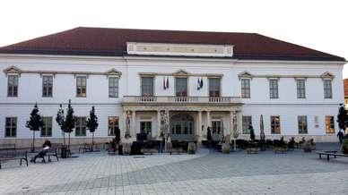 Hotel_Magyar_kiraly_1.JPG