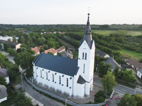 Jand-Reformatus-templom.jpg