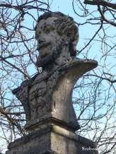 Kirandulastervezo-Erdobenye-Kossuth-szobor.jpg