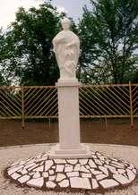 Kirandulastervezo-Pellerd-Szent-Orban-szobor.jpg