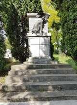 Kirandulastervezo-Pincehely-Vilaghaborus-emlekmu.jpg