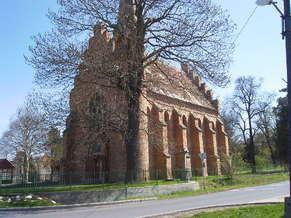 Nadasdladany_Katolikus_templom.JPG