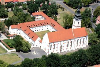 Szeged-Alsovarosi-Ferences-Latogatokozpont.jpg