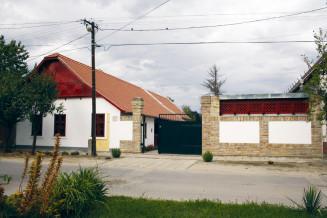 Szeged-Alsovarosi-Napsugaras-Tajhaz-1.jpg