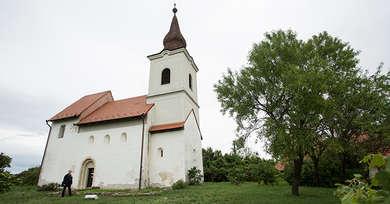 Zanka_Reformatus_templom.jpg