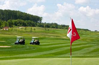 Zirc_Forest_hills_golf_wellness_hotel_golf_1.jpg